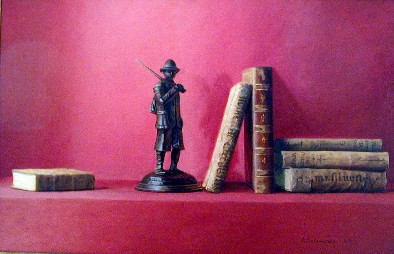 Bronce con libros